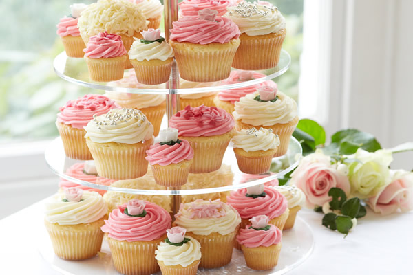 ウェディングカップケーキ